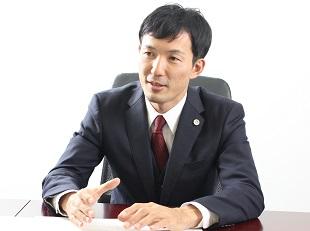 立川支店長・第二東京弁護士会、上原幹男の写真
