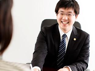 横須賀支店長・神奈川県弁護士会、宿城健太の写真