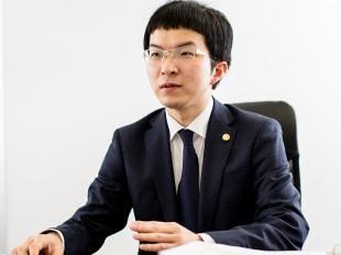 大宮支店長・埼玉弁護士会、足立博之の写真