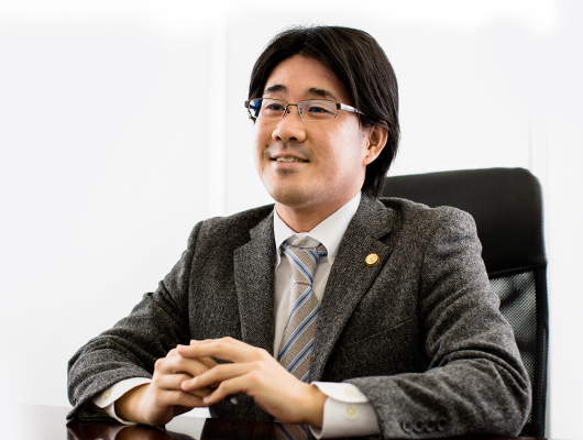石田 俊太郎の写真