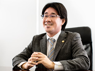 所沢支店長・埼玉弁護士会、石田俊太郎の写真