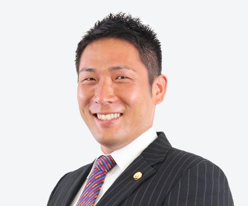 井阪 康博