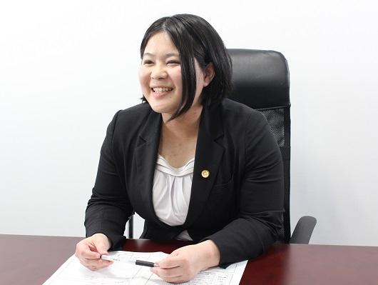 大和支店長・神奈川県弁護士会、三枝由佳の写真