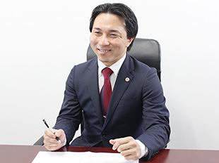 渋谷支店長・第二東京弁護士会、加藤秀俊の写真