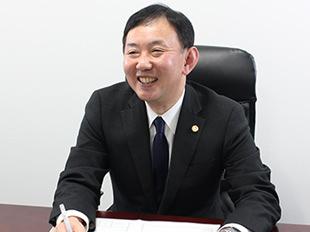大阪支店長・大阪弁護士会、西村健の写真